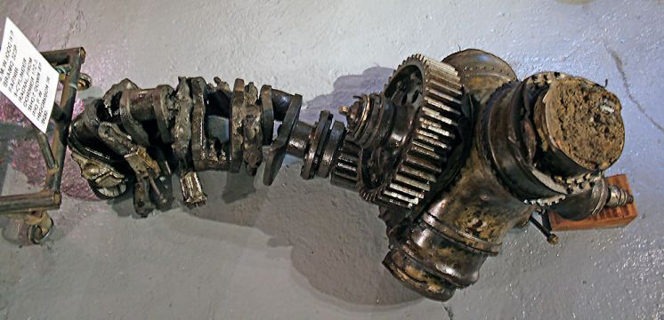 Hurricane engine crankshaft and prop hub
